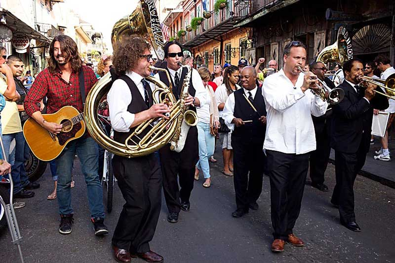 Dave Grohl & the Preservation Hall Jazz Band © HBO