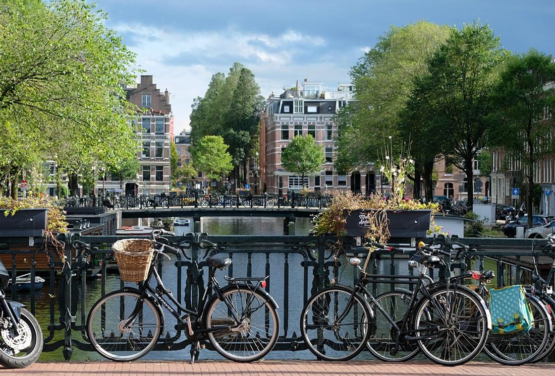 La bicyclette, transport roi à Amsterdam