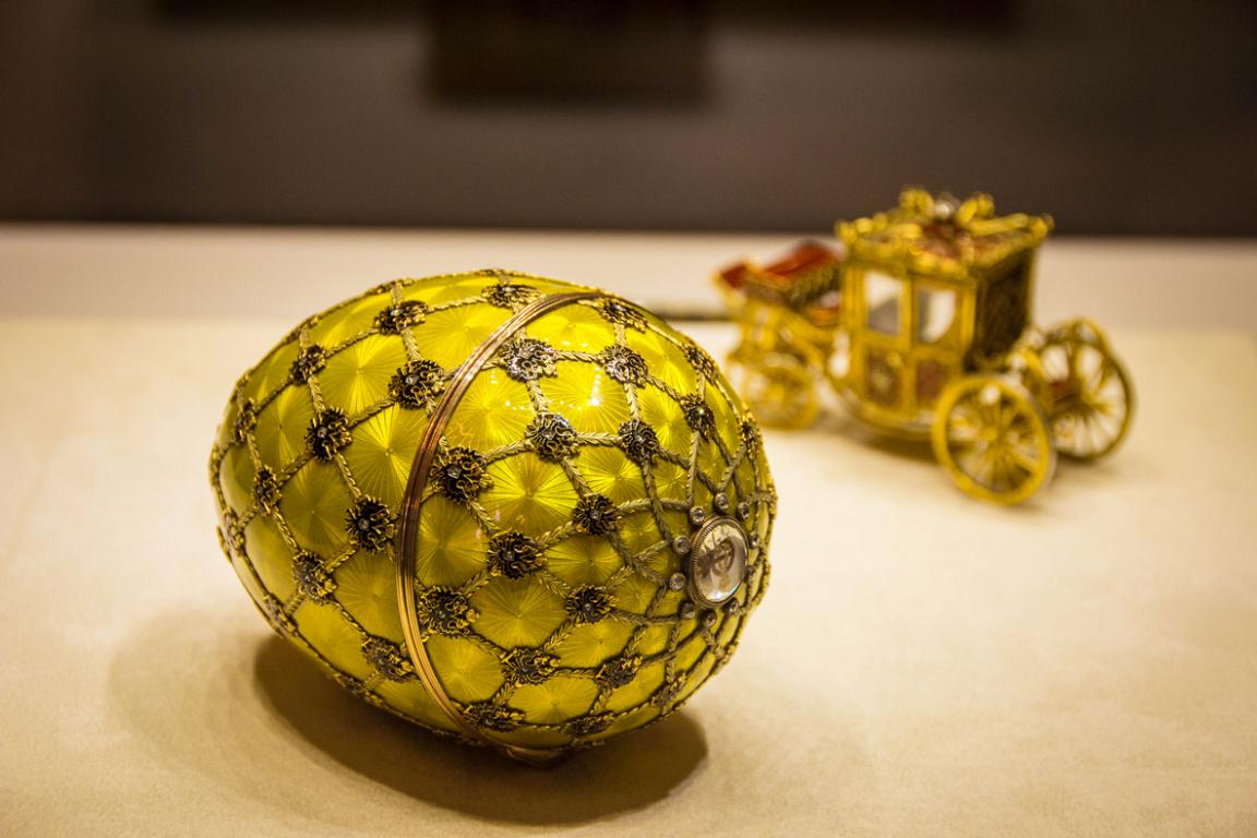 Collection de joaillerie au musée Fabergé ©B.Cappronnier