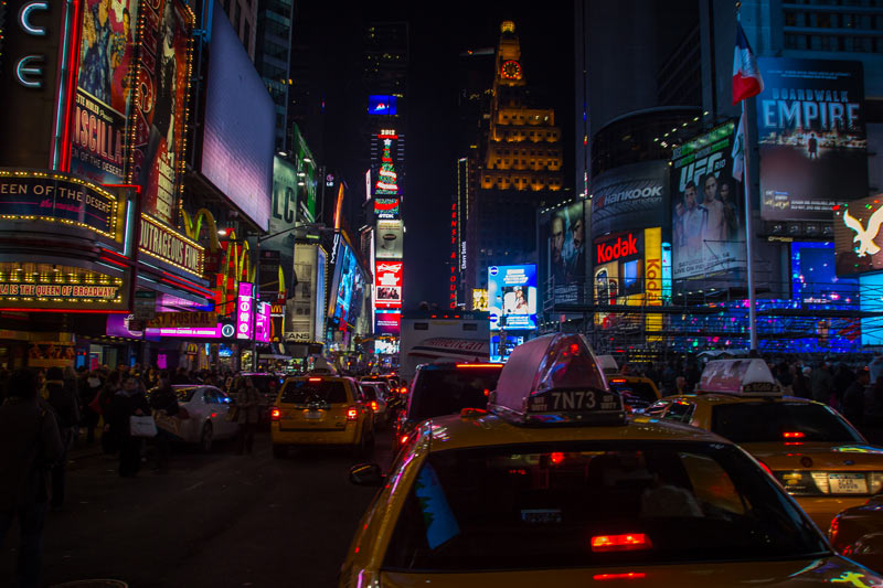 Time Square by night © Benoit Cappronnier